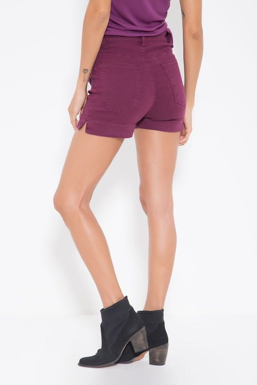 SHORT-SARJA-ABERTURA-LATERAL-COLOR-VINHO-LICOR-OHBOY