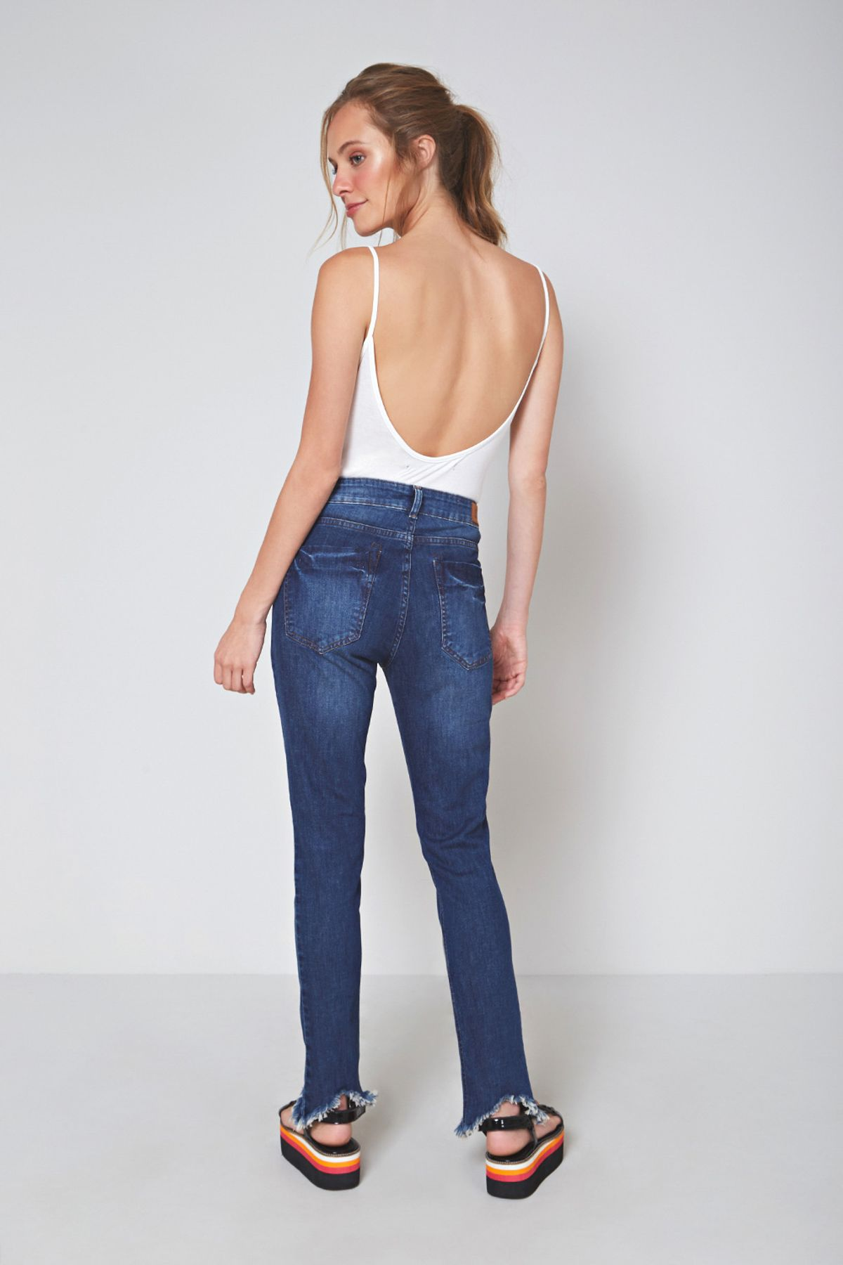 CALCA-JEANS-BARDOT-DIRTY-PERNA-020210170057-OH-BOY